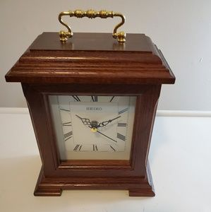 Seiko Wood Roman  Numeral Mantal Clock Gold Handle